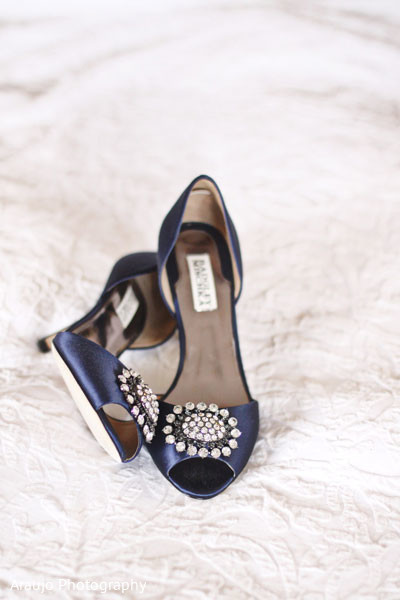 navy,bridal accessories,indian bridal accessories,indian bride shoes,shoes for indian brides,designer shoes for indian brides,indian bridal footwear,bridal footwear,indian bridal fashion,bridal fashion