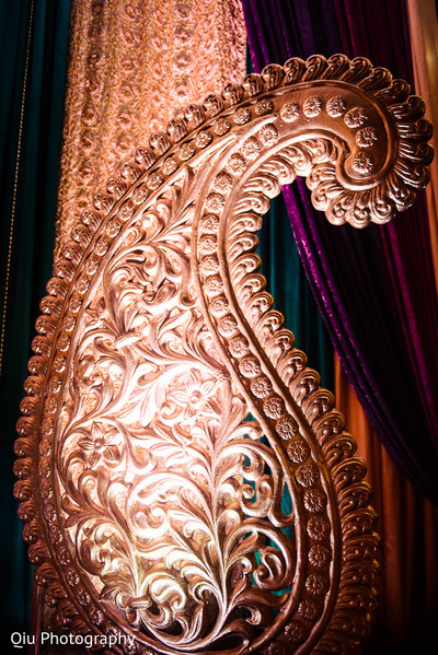 Floral and decor in Ontario, Canada Pakistani Wedding by Qiu Photography