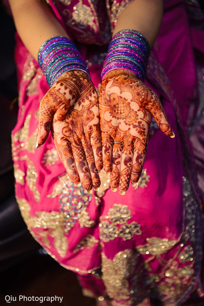 Mehndi designs in Ontario, Canada Pakistani Wedding by Qiu Photography