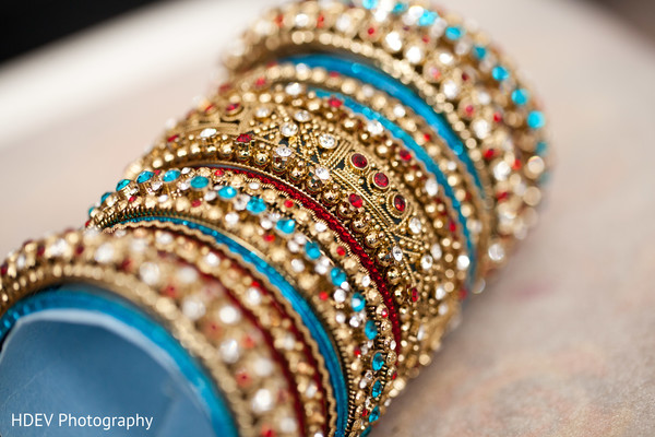 Bridal jewelry in Auckland, New Zealand Indian Wedding by HDEV Photography