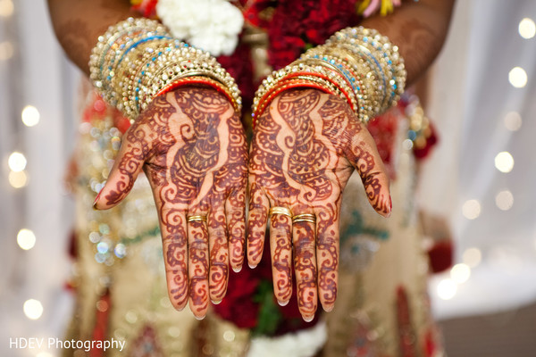 Mehndi designs in Auckland, New Zealand Indian Wedding by HDEV Photography