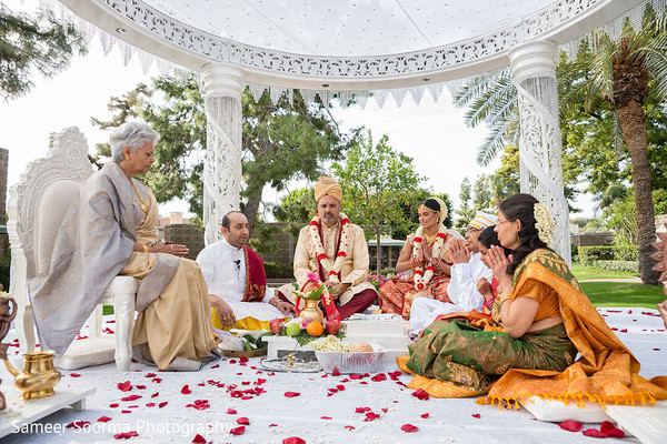 Ceremony in Phoenix, Arizona Indian Wedding by Sameer Soorma Photography