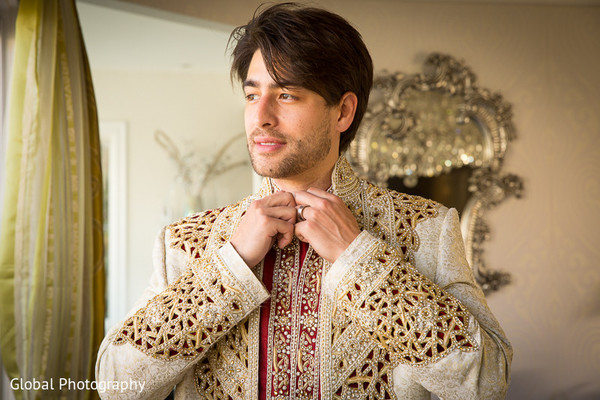 indian weddings,indian wedding clothes,indian groom,indian groom clothing,indian groom fashion,indian wedding fashions,indian groom sherwani