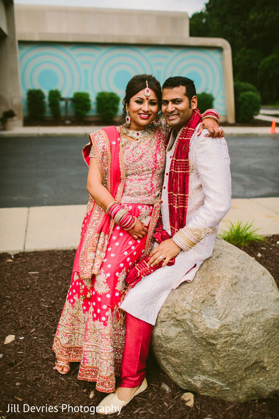indian wedding portraits,indian wedding portrait,portraits of indian wedding,portraits of indian bride and groom,indian wedding portrait ideas,indian wedding photography,indian wedding photos,photos of bride and groom,photos of indian bride,portraits of indian bride,indian bride and groom photographyy