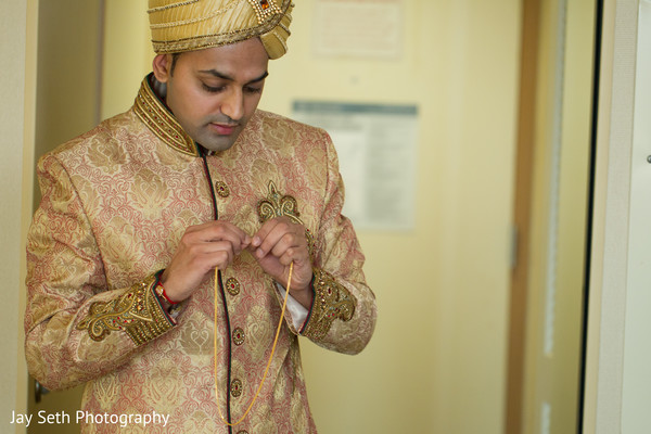 Getting Ready in Mahwah, NJ Indian Wedding by Jay Seth Photography