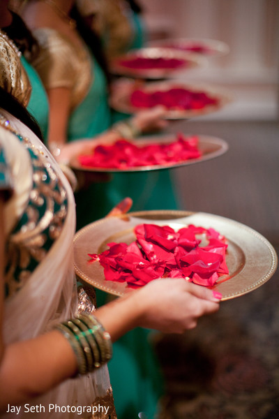 traditional indian wedding,indian wedding traditions,indian wedding traditions and customs,traditional hindu wedding,indian wedding tradition,traditional Indian ceremony,traditional hindu ceremony,hindu wedding ceremony,traditional indian wedding ceremony,ceremony details
