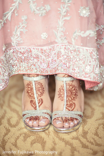 baby pink,bridal accessories,indian bridal accessories,indian bride shoes,shoes for indian brides,designer shoes for indian brides,indian bridal footwear,bridal footwear,indian bridal fashion,bridal fashion
