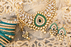 An Indian bride's fabulous bridal jewelry!