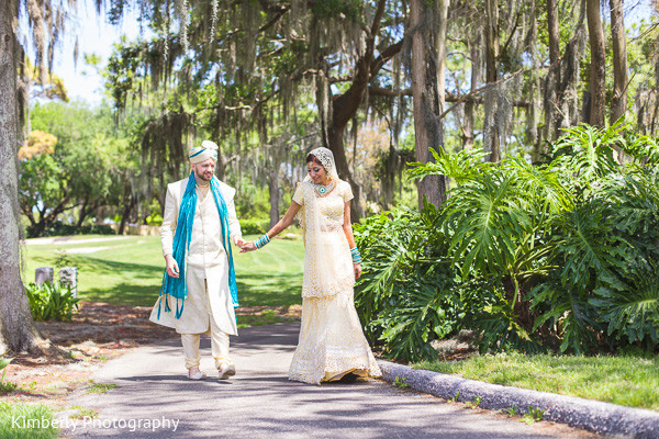 indian wedding portraits,indian wedding portrait,portraits of indian wedding,indian bride,indian wedding ideas,indian wedding photography,indian wedding photo,indian bride and groom photography,indian pre-wedding fashion