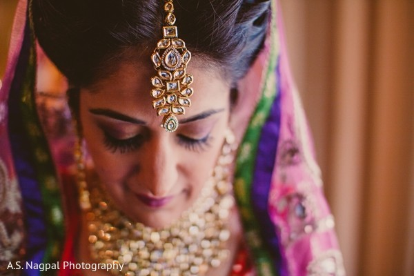 portraits of indian wedding,indian bride,indian bridal fashions,indian bride photography,indian bride getting ready,images of bride,tikka,bridal tikka,tikkah,bridal tikkah,indian bridal jewelry,indian wedding jewelry