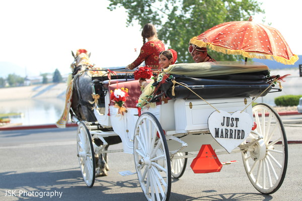 traditional indian wedding,indian wedding traditions,indian wedding traditions and customs,traditional hindu wedding,indian wedding tradition,traditional Indian ceremony,traditional hindu ceremony,hindu wedding ceremony,just married,carriage,horse and carriage