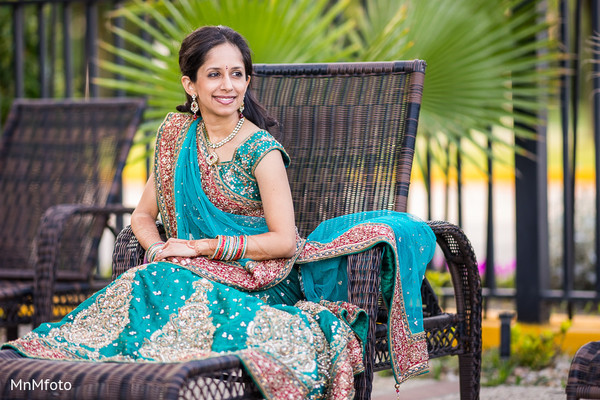indian wedding lengha,indian bridal lengha,indian wedding lehenga,indian wedding lehenga choli,portraits of indian wedding,indian bride,indian bridal fashions,indian bride photography