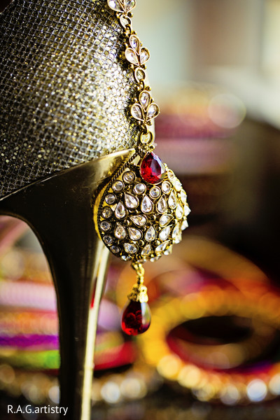 indian weddings,indian wedding details,indian wedding shoes,indian bridal footwear