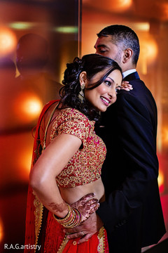 An Indian bride and groom celebrate at their ravishing reception!