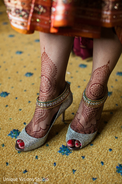 indian weddings,indian bridal bracelets,indian bridal accessories,indian wedding shoes,indian bridal footwear,indian bridal fashions,indian bridal mehndi,indian bridal henna,indian wedding henna,indian wedding mehndi,mehndi for indian bride,henna for indian bride,indian wedding design