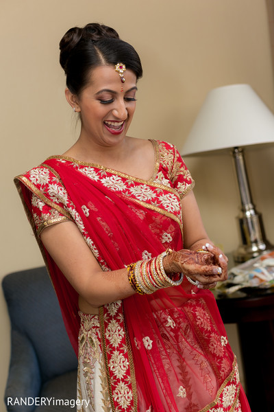 Getting Ready in Anaheim, CA Indian Wedding by RANDERYimagery