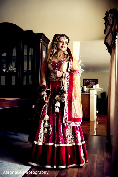 portraits of indian wedding,indian bride,indian bridal fashions,indian bride photography,indian bride photo shoot,indian wedding photo,indian wedding lengha,indian bridal lengha,indian wedding lehenga,indian wedding lehenga choli