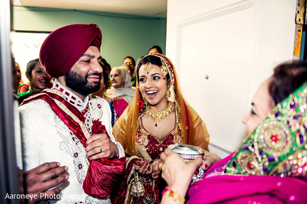 traditional indian wedding,indian wedding traditions,indian wedding customs,indian weddings,sikh ceremony,punjabi wedding ceremony,indian bride,images of brides and grooms
