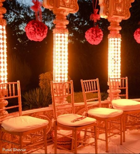rentals,chair rentals,wedding chair rentals,wedding rentals,chairs,chiavari chairs,wedding stage