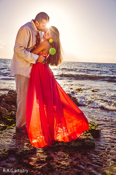 indian beach wedding,indian wedding portraits,indian wedding portrait,portraits of indian wedding,indian bride,indian wedding ideas,indian wedding photography,indian wedding photo,indian bride and groom photography