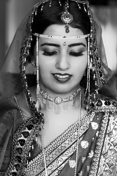 This Indian bride gets all dolled up for her wedding day.