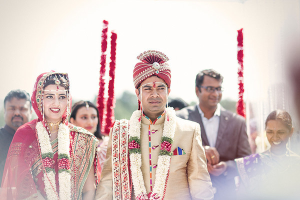 traditional indian wedding,indian wedding traditions,indian wedding traditions and customs,traditional hindu wedding,indian wedding tradition,traditional Indian ceremony,traditional hindu ceremony,hindu wedding ceremony,outdoor wedding ceremony,outdoor indian wedding ceremony,bride and groom,south indian bride and groom,indian bride and groom