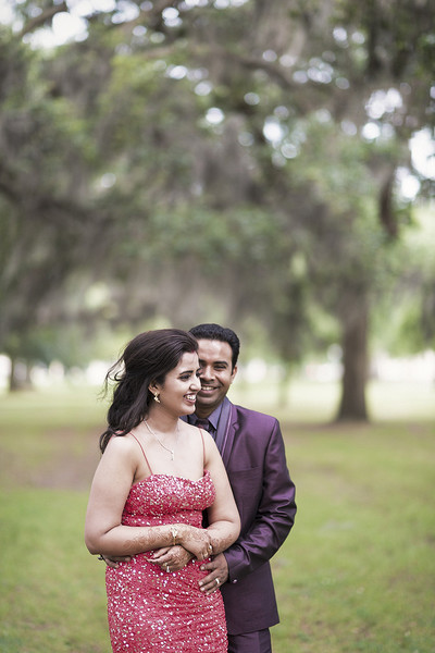 indian wedding portraits,indian wedding portrait,portraits of indian wedding,portraits of indian bride and groom,indian wedding portrait ideas,indian wedding photography,indian wedding photos,photos of bride and groom,indian bride and groom photography,outdoor portraits,outdoor reception portraits,reception portraits