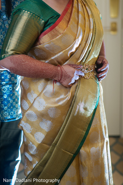 indian bridal sari,indian sari,bridal saree,indian weddings,saree,indian bridal fashions