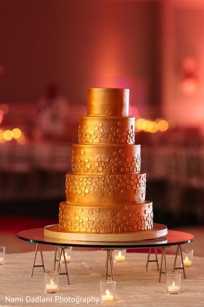 indian wedding cakes,indian wedding ideas,indian wedding reception ideas,indian wedding reception,gold indian wedding jewelry