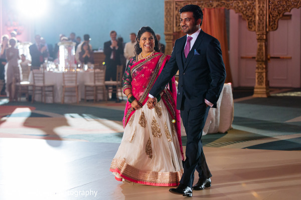 indian wedding photography,indian bride and groom reception,indian reception pictures,indian bride and groom reception photography,indian wedding reception photos