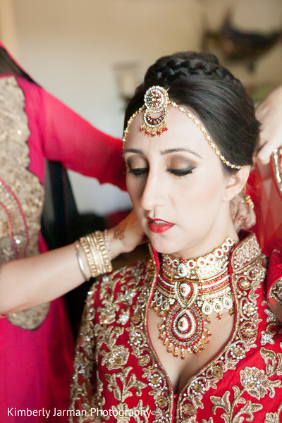 Getting Ready in Scottsdale, AZ Indian Fusion Wedding by Kimberly Jarman Photography