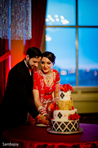 cake cutting,indian wedding cake,indian wedding cakes,wedding cake,wedding cakes,indian wedding ideas,ideas for indian wedding reception,reception,indian reception,indian wedding reception,wedding reception,Reception photography,Indian bride and groom reception,Indian reception pictures,Indian reception photography,Indian bride and groom reception photography,reception photos