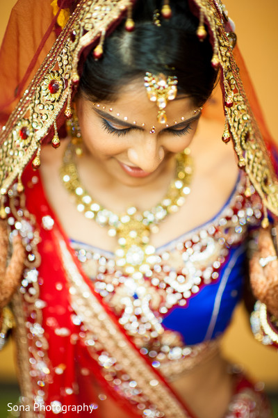 portrait of indian bride,indian bridal portraits,indian bridal portrait,indian bridal fashions,indian bride,indian bride photography,Indian bride photo shoot,photos of indian bride,portraits of indian bride,tikka,indian wedding tikka,bridal tikka,wedding tikka,tikka for indian bride