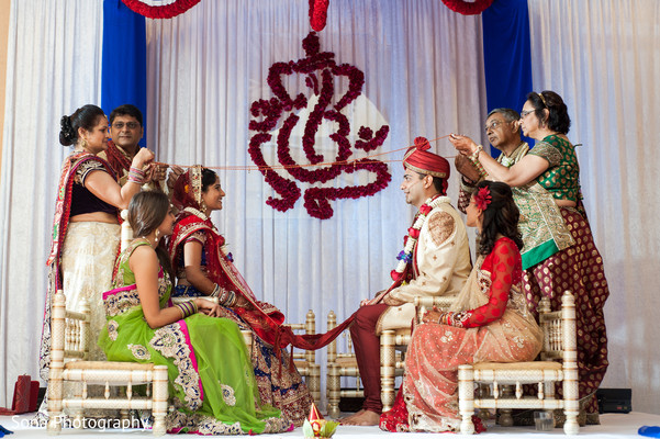 traditional indian wedding,indian wedding traditions,indian wedding traditions and customs,traditional hindu wedding,indian wedding tradition,traditional Indian ceremony,traditional hindu ceremony,hindu wedding ceremony,indian wedding decorations