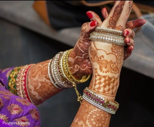 bridal mehndi,bridal henna,henna,mehndi,mehndi for Indian bride,henna for Indian bride,mehndi artist,henna artist,mehndi designs,henna designs,mehndi design,bangles,bridal bangles,bridal bracelets,Indian bridal bracelets,banga,churis