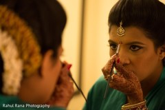 An Indian bride and groom get ready to tie the knot!