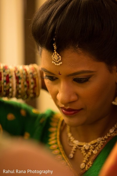 Getting Ready in Aurora, IL Indian Wedding by Rahul Rana Photography