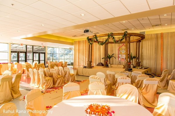 Floral & Decor in Aurora, IL Indian Wedding by Rahul Rana Photography