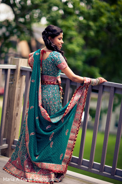 wedding lengha,bridal lengha,lengha,indian wedding lenghas,wedding lenghas,lenghas,bridal lenghas,indian wedding lehenga,wedding lehenga,lehenga choli,bridal lehenga,lehengas,lengha choli,lehenga,teal lengha,teal lehenga,portrait of indian bride,indian bridal portraits,indian bridal portrait,indian bridal fashions,indian bride,indian bride photography,Indian bride photo shoot,photos of indian bride,portraits of indian bride