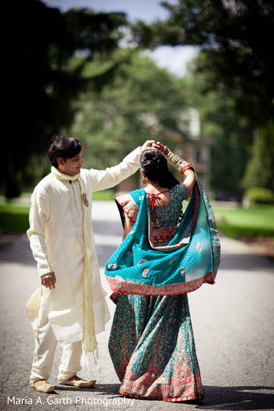Portraits in Voorhees, NJ Indian Wedding by Maria A. Garth Photography