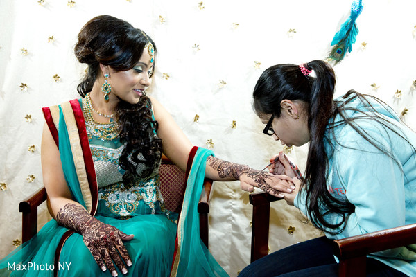 pre-wedding,pre-wedding celebrations,pre-wedding ceremony,pre-wedding event,pre-wedding ceremonies,pre-wedding events,indian pre-wedding celebrations,pre-wedding indian events,mehndi night,mehndi party,mehndi celebrations,mehndi event