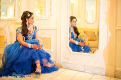 This Pakistani pair poses for wedding portraits!