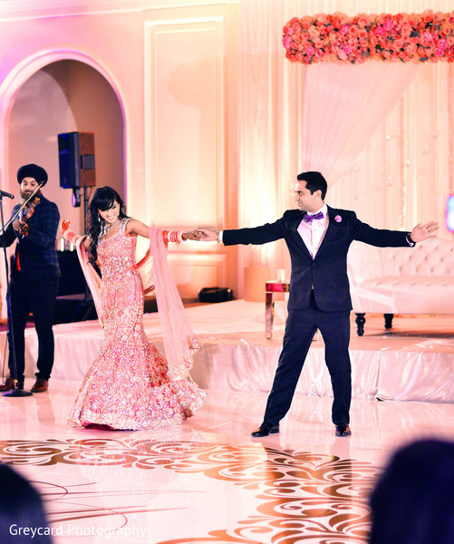 indian wedding ideas,ideas for indian wedding reception,reception,indian reception,indian wedding reception,wedding reception,reception photography,Indian bride and groom reception,Indian reception pictures,Indian reception photography,Indian bride and groom reception photography,reception photos