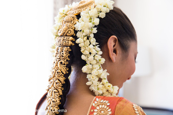 bride getting ready,indian bride getting ready,getting ready images,getting ready photography,getting ready,indian bridal hair accessories,bridal accessories