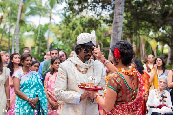 Hindu Ceremony in Honolulu, HI Destination Indian Fusion Wedding by One Wedding Photography