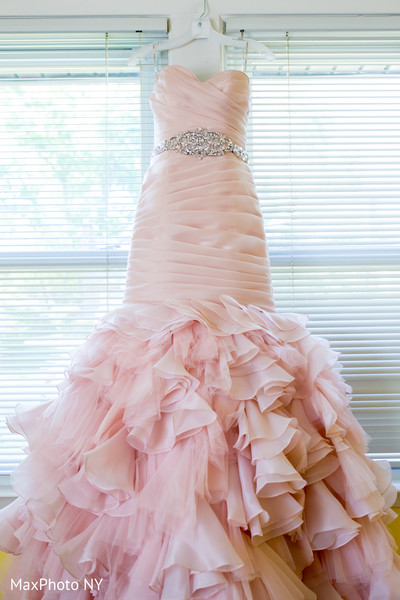 indian wedding gowns,indian wedding dress,baby pink