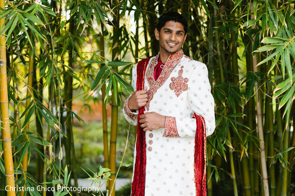 indian wedding clothing,indian wedding clothes,indian groom,indian groom clothing,groom fashion,indian groom fashion,indian wedding men's fashion,indian men's fashion,indian groom sherwani,groom sherwani,wedding sherwani,portrait of indian groom,indian groom portrait,indian portrait photography,indian wedding portraits,indian groom photography