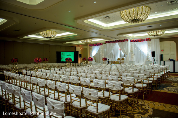 Venues in Dallas, TX Indian Wedding by Lomeshpatel Photography