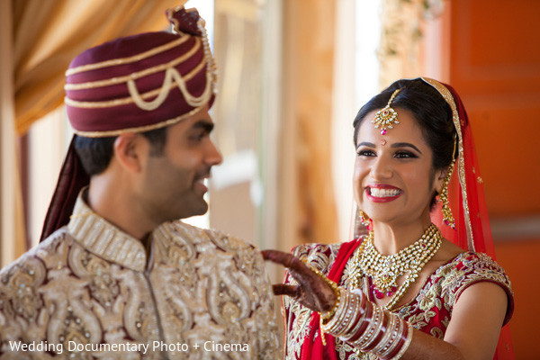 indian wedding portraits,indian wedding portrait,portraits of indian wedding,portraits of indian bride and groom,indian wedding portrait ideas,indian wedding photography,indian wedding photos,photos of bride and groom,indian bride and groom photography,first look portraits,first look photos