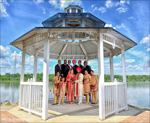 bridal party,indian bridal party,indian wedding party,wedding party,gazebo,indian wedding portraits,indian wedding portrait,portraits of indian wedding,portraits of indian bride and groom,indian wedding portrait ideas,indian wedding photography,indian wedding photos,photos of bride and groom,indian bride and groom photography